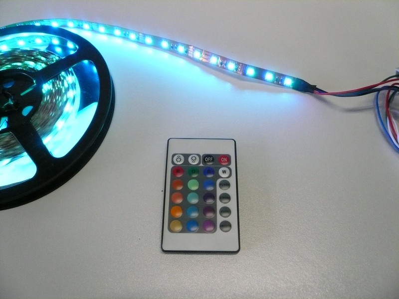 Bande Led  changement de couleur par tlcommande